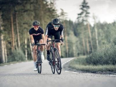 52001-63-vision-52001-43-56007-10_zonar helmet-56903-10_omega-bliz sunglasses_cycling_yellow_sportsglasses_action1-medium
